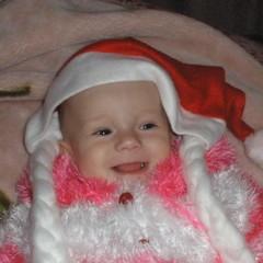 Катерине на момент съемки 6 месяцев, и реальный возраст тоже 6 месяцев, Это первый Кати Новый год. © Чайникова Наталья