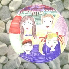 У меня с сестрой Дашей счастливое детство, потому что с нами всегда рядом умные и заботливые мама и папа. © Широковских Никита с сестрой, МКДОУ №62, мл. гр.