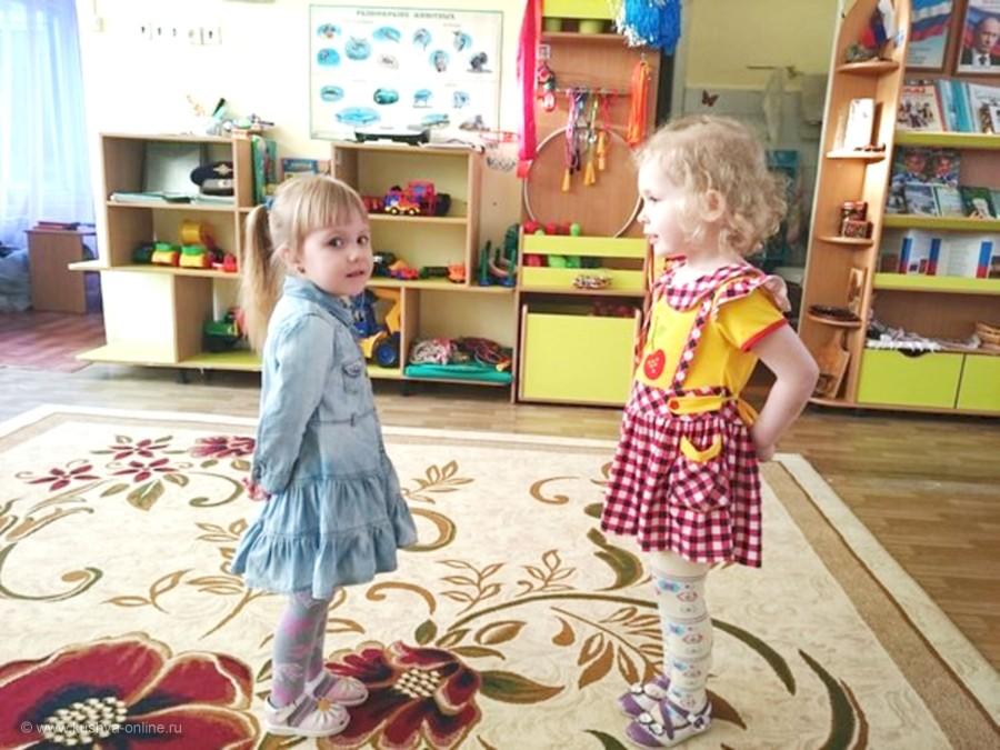 2016 г.  4 года. Лукина Ангелина и подружка София © Лукина О.С