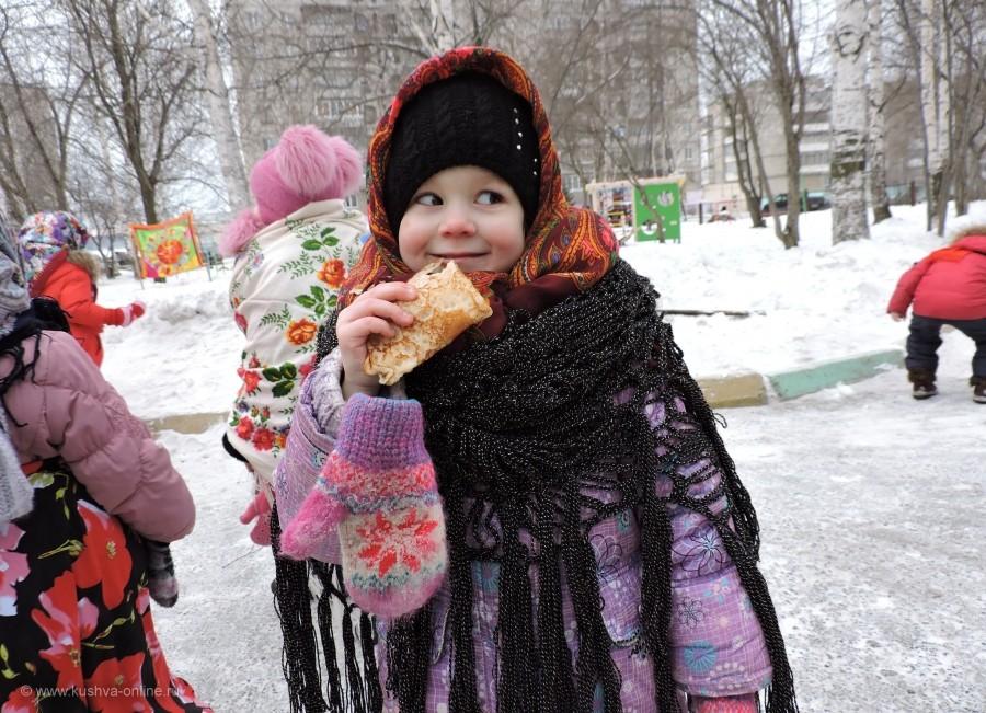 """Кулемина Виктория, 3 года, 2018  """"Ишь ты, Масленица!"""" © Мокерова Наталья Михайловна"""